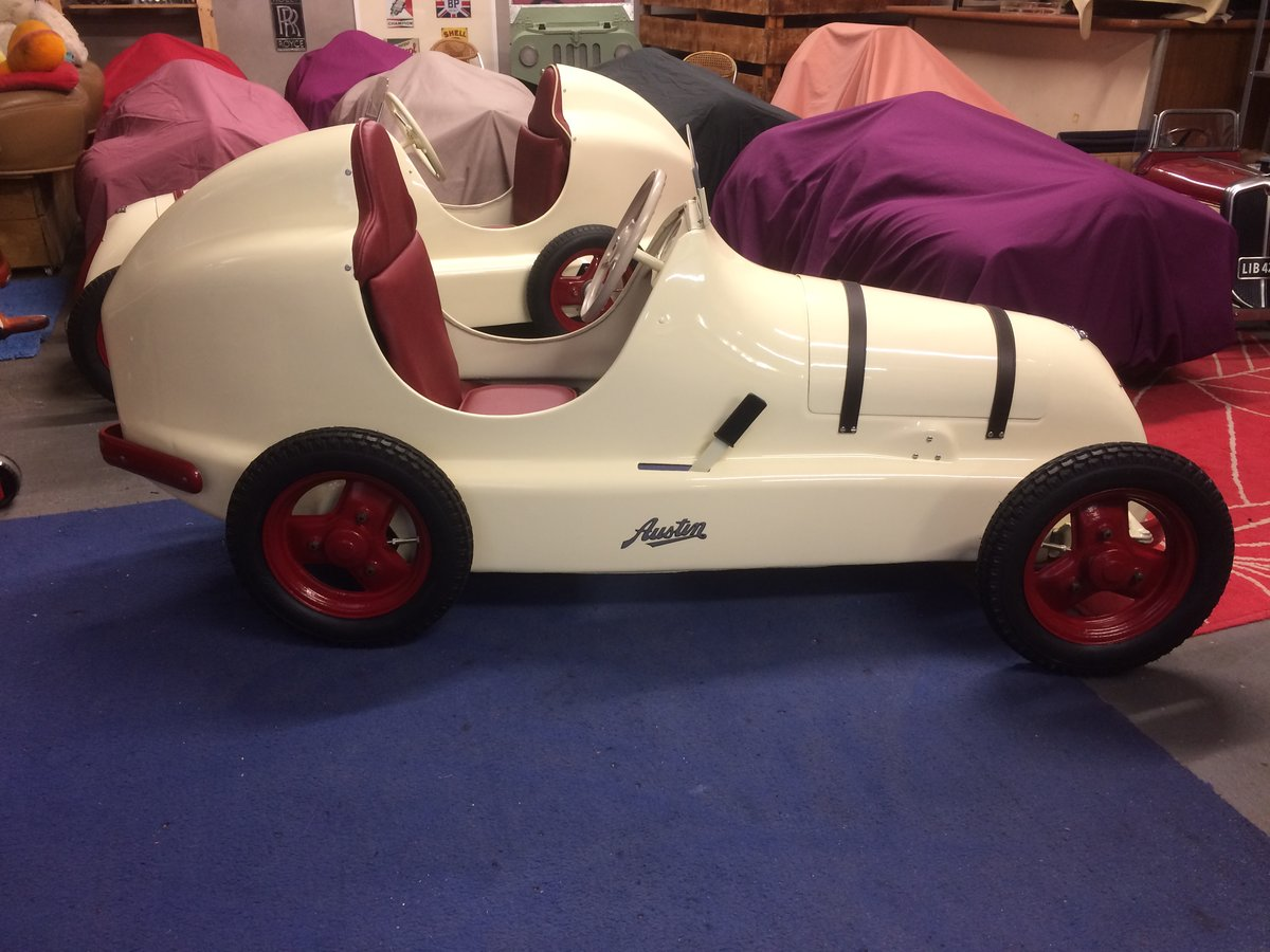 Austin pathfinder pedal car For Sale (picture 1 of 5)