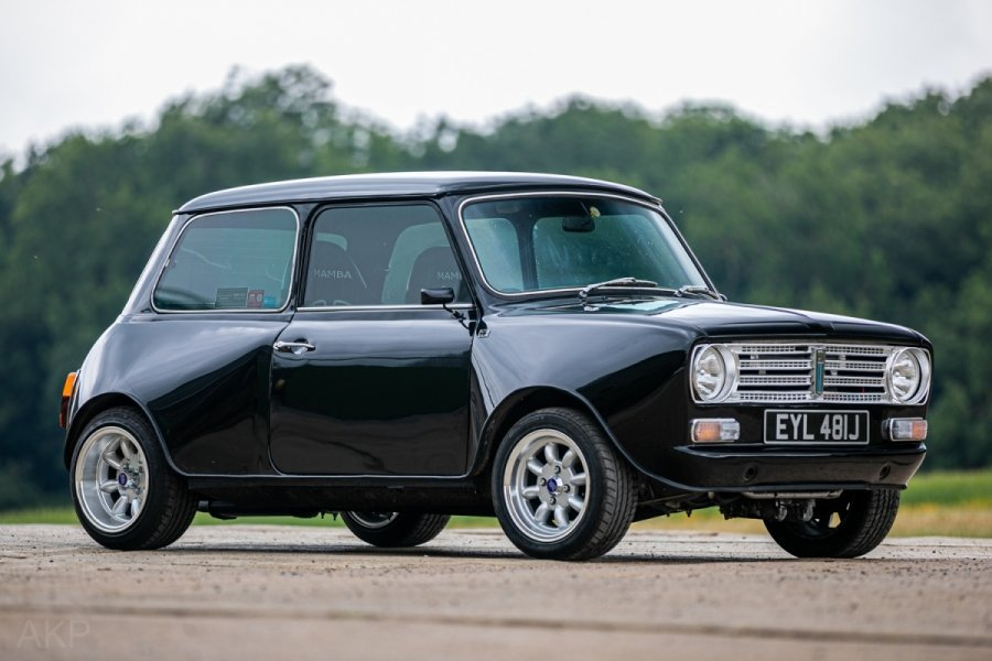 1971 Mini clubman yamaha r1 - fully restored For Sale (picture 1 of 6)