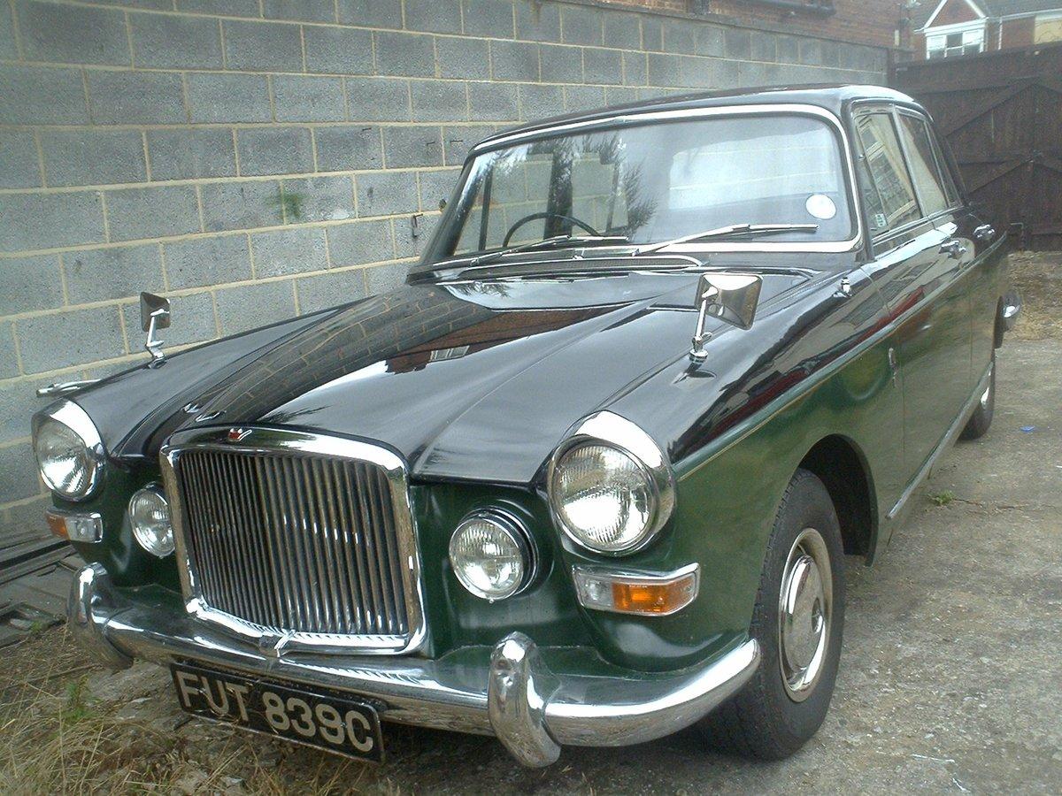 1965 Vanden plas princess 4 litre R  Auto SOLD (picture 2 of 6)