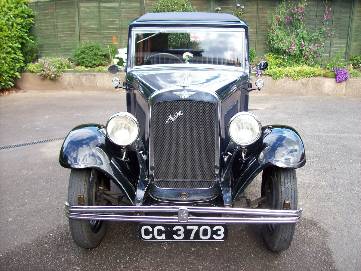 1933 Austin 12/4 Harley saloon SOLD (picture 3 of 6)