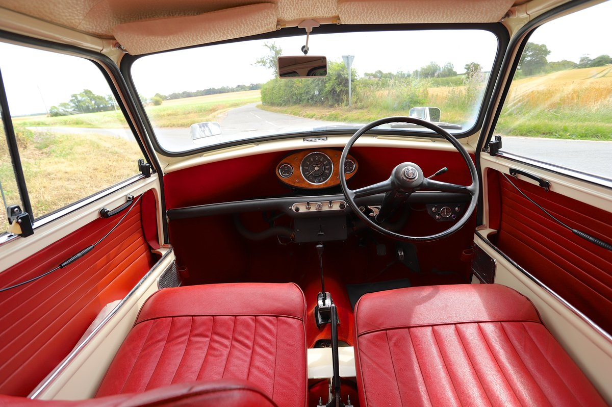 Austin Mini Mk1 Automatic Super De-Luxe, 1965.  For Sale (picture 4 of 6)