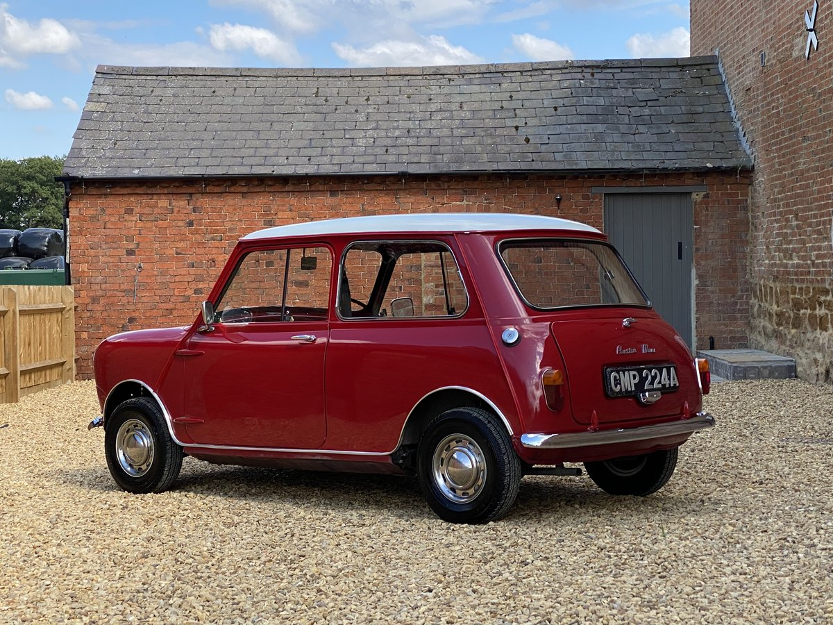 1963 Austin Mini 850 MK I. Beautifully Restored SOLD (picture 2 of 6)