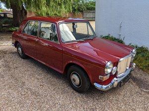 1971 VANDEN PLAS PRINCESS 1300 MK II AUTO   SHOW CAR