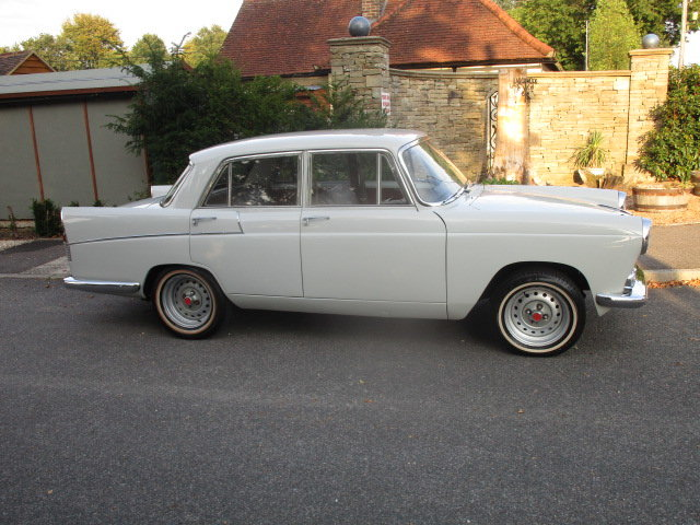 1960 Austin A55 Cambridge Mk2 (Fitted MGB 1800cc Engine) SOLD (picture 3 of 6)