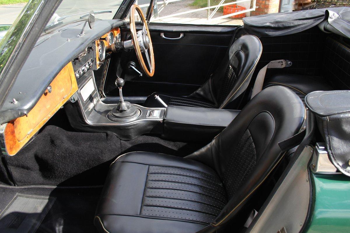 1967 Austin Healey 3000 MK3 Ex Victor Gauntlett C/O Aston Martin For Sale (picture 11 of 18)