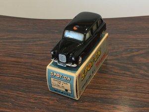 Spot on Austin fx4 taxi