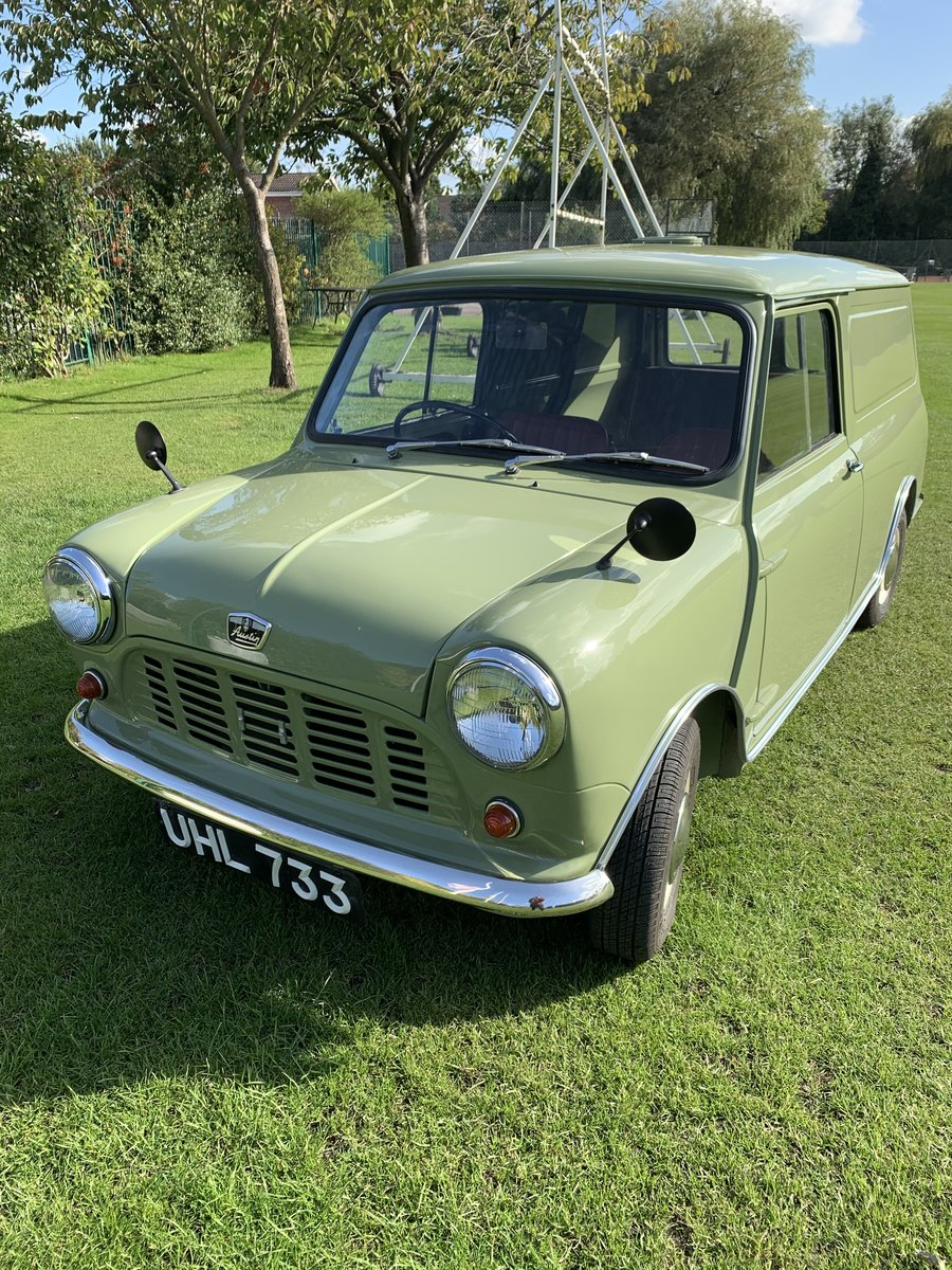 1961 Austin mini van full restoration For Sale (picture 2 of 6)