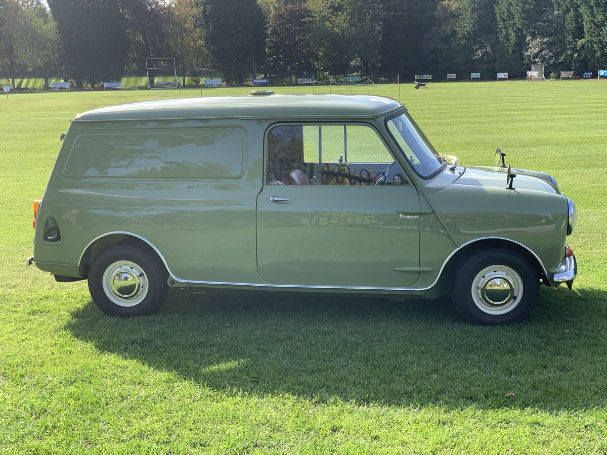 1961 Austin mini van full restoration For Sale (picture 3 of 6)