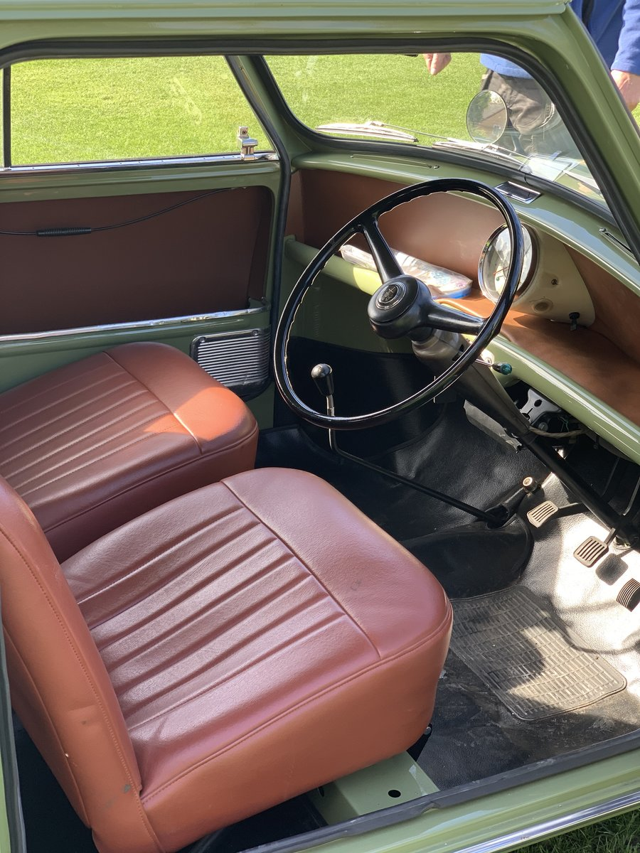 1961 Austin mini van full restoration For Sale (picture 4 of 6)