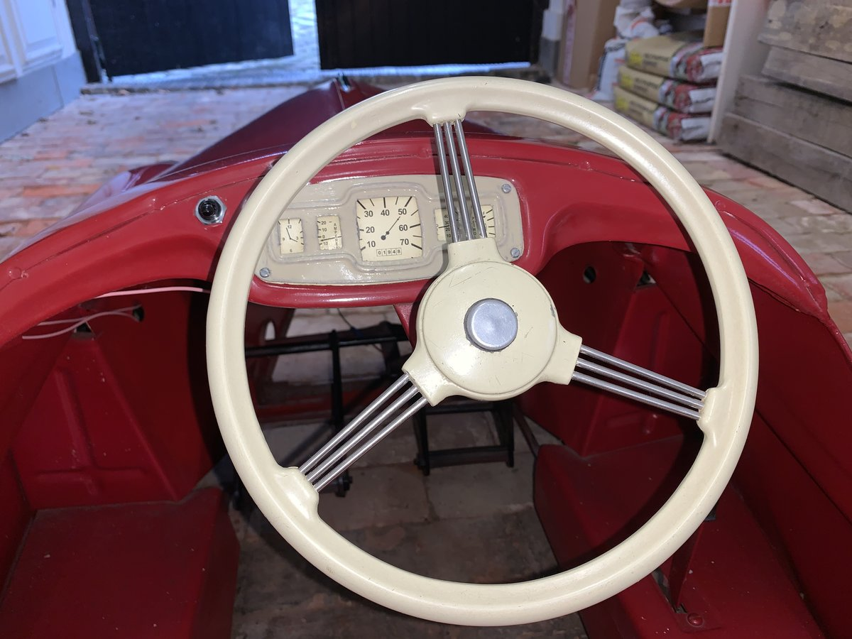 Austin J40 Pedal Car SOLD (picture 5 of 6)