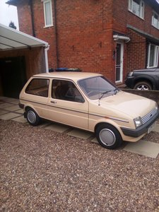 Picture of 1987 Low mileage Metro