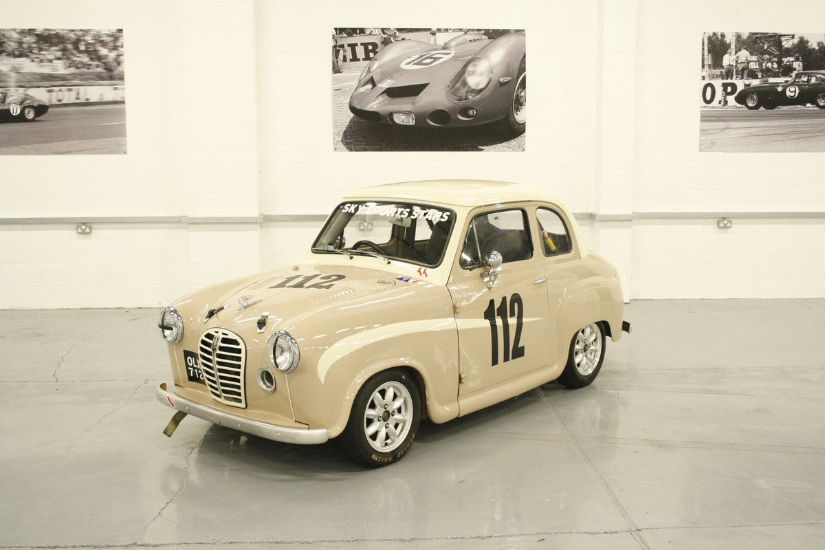 1953 Austin A30 HRDC Academy Race car For Sale (picture 1 of 8)