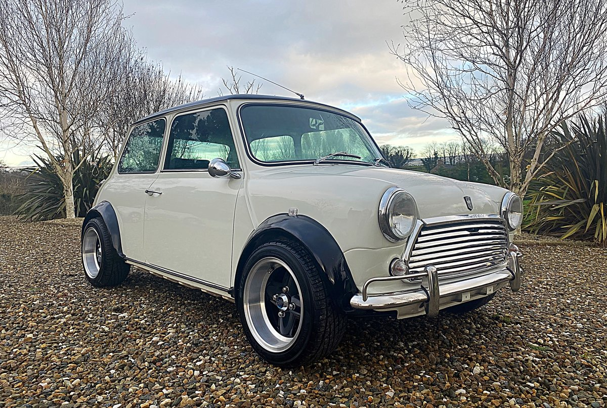 1971 AUSTIN MINI SUPERB SPEC 1380 FAST ROAD SPEC IMMACULATE - PX For Sale (picture 1 of 11)