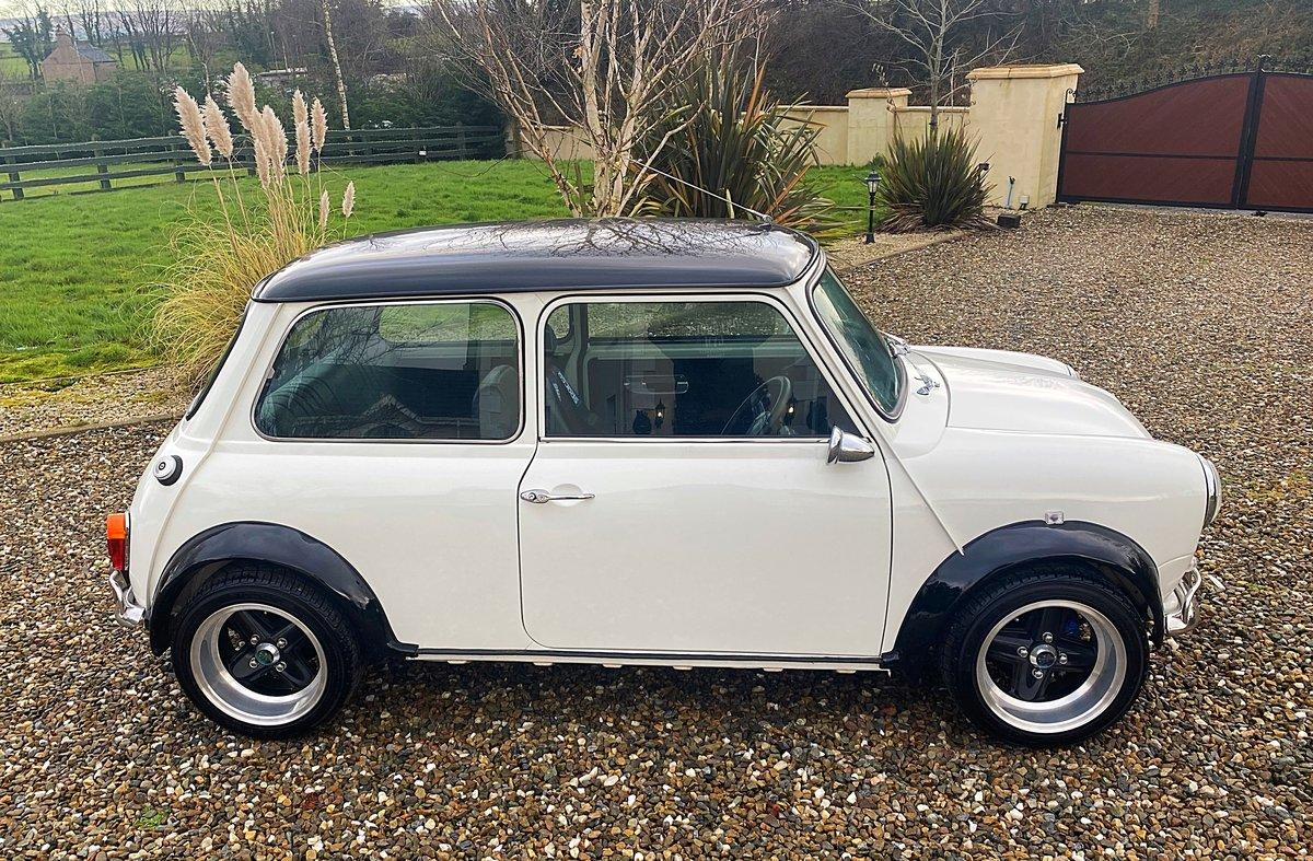 1971 AUSTIN MINI SUPERB SPEC 1380 FAST ROAD SPEC IMMACULATE - PX For Sale (picture 2 of 11)