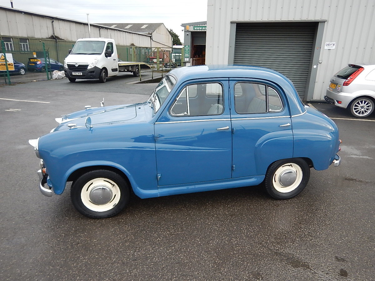 1958 AUSTIN A35 Four Door Saloon For Sale (picture 1 of 6)