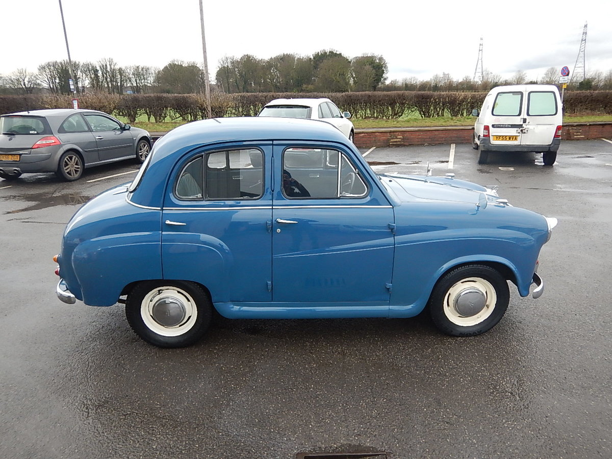 1958 AUSTIN A35 Four Door Saloon For Sale (picture 3 of 6)