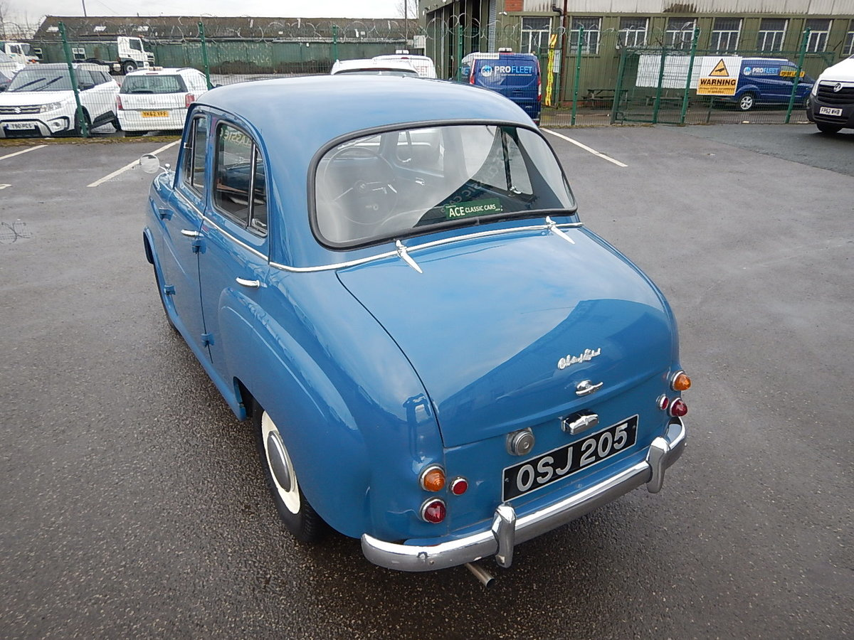 1958 AUSTIN A35 Four Door Saloon For Sale (picture 4 of 6)