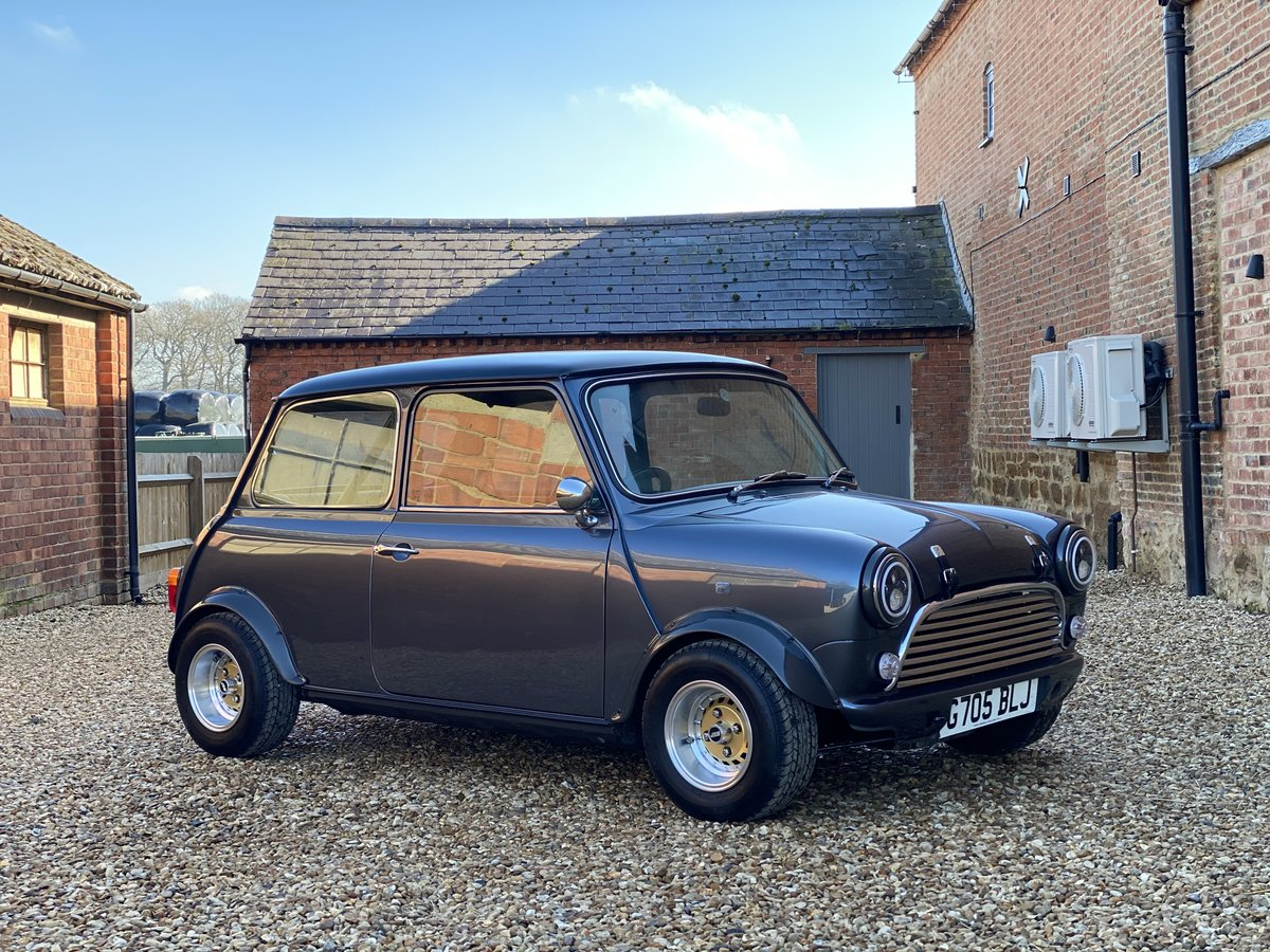 1989 Austin Mini 1275. Stunning Show Standard Car SOLD (picture 1 of 12)