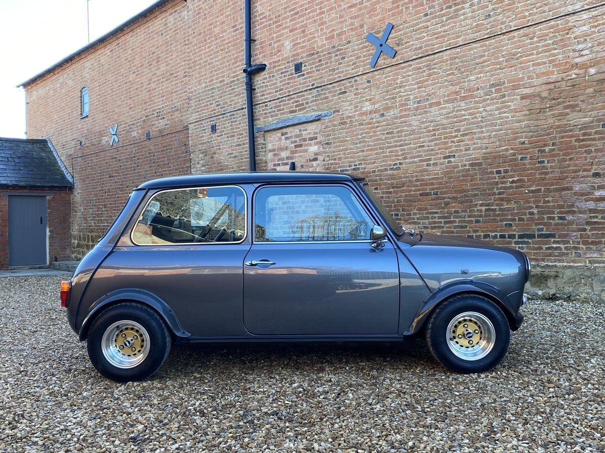 1989 Austin Mini 1275. Stunning Show Standard Car SOLD (picture 2 of 12)