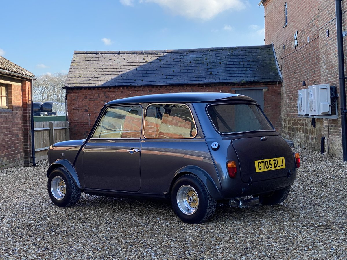 1989 Austin Mini 1275. Stunning Show Standard Car SOLD (picture 5 of 12)