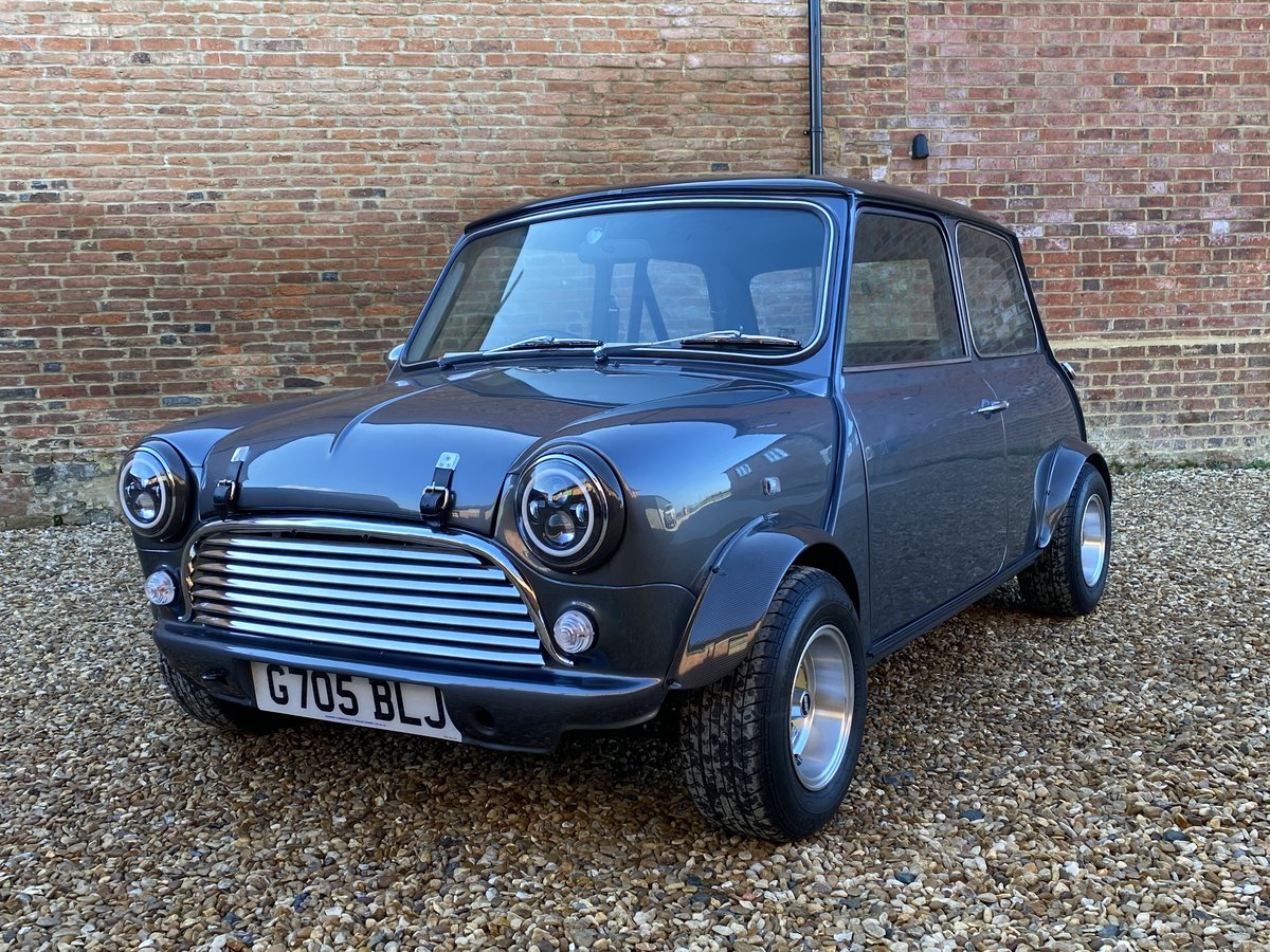 1989 Austin Mini 1275. Stunning Show Standard Car SOLD (picture 7 of 12)