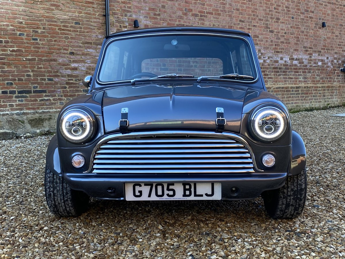 1989 Austin Mini 1275. Stunning Show Standard Car SOLD (picture 8 of 12)