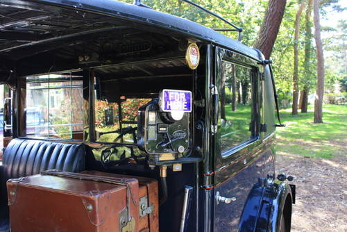 1937 Austin 12/4 London cab - Ex-Carry On Cabby!  SOLD (picture 5 of 6)