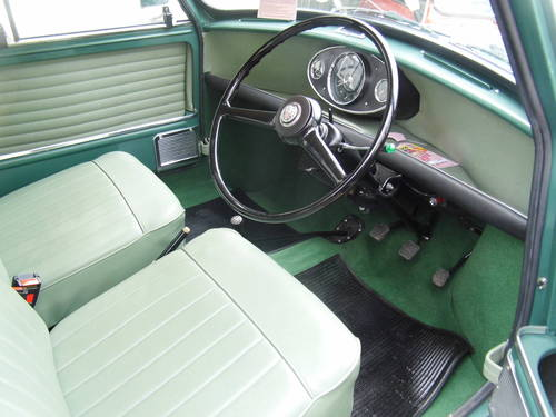 Superb Mini Countryman in almond green 1967 For Sale (picture 6 of 6)