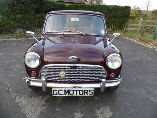 Austin Mini saloon 1965 in Maroon superb For Sale (picture 2 of 6)