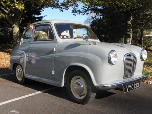 1956 Austin A30 in Cardigan grey with red interior For Sale (picture 1 of 6)