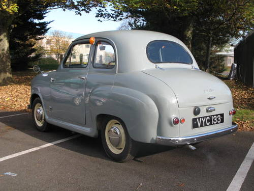 1956 Austin A30 in Cardigan grey with red interior For Sale (picture 2 of 6)