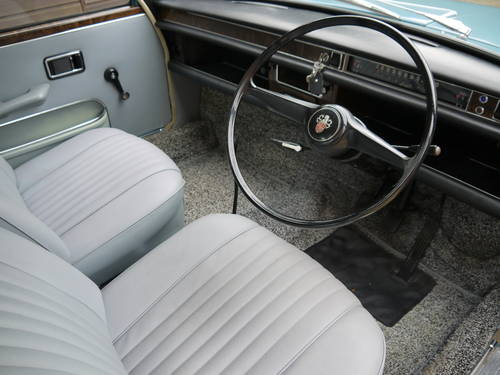 1970 AUSTIN 1800 MK2 SALOON - 31K MILES FROM NEW WITH PAS !! SOLD (picture 4 of 6)