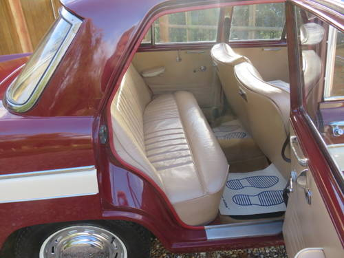 1965 Austin A60 Cambridge (Credit/Debit Cards & Delivery) SOLD (picture 5 of 6)