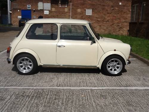 1989 Mini classic low mls lady owners Sport look body  For Sale (picture 1 of 3)