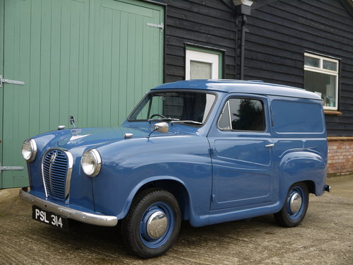 1961 AUSTIN A35 VAN - OUTSTANDING EARLY VAN WITH TRAFFICATORS !! SOLD (picture 2 of 6)