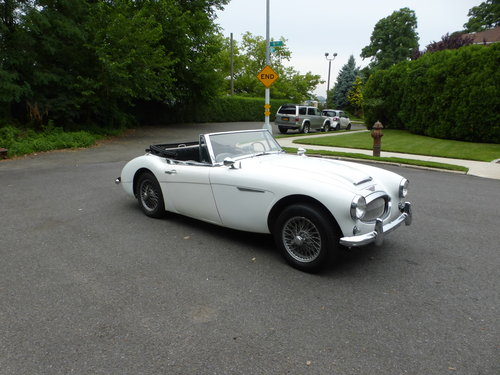 1963 Austin Healey 3000 MK-II BJ7  Two Tops  A Driver For Sale (picture 1 of 6)