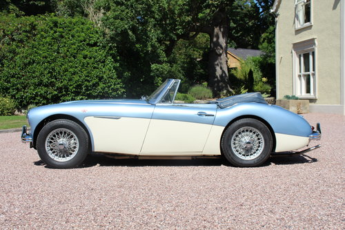 Austin Healey 3000 MkII 1963 Beautiful Example SOLD (picture 2 of 6)