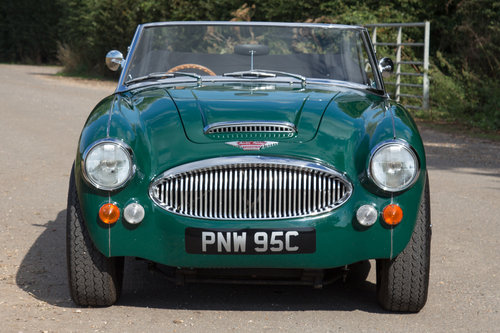 1965 Austin Healey 3000 MKIII   Highly Upgraded for Touring For Sale (picture 2 of 6)