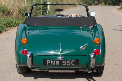 1965 Austin Healey 3000 MKIII   Highly Upgraded for Touring For Sale (picture 4 of 6)