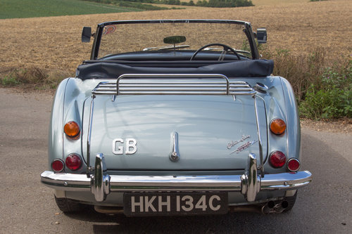 1965 Austin Healey 3000 MKIII | Original Healey Blue, High Spec SOLD (picture 4 of 6)