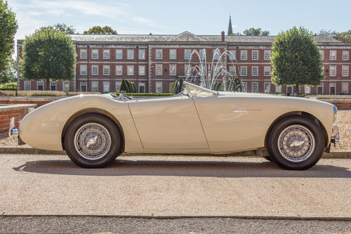 1955 Austin Healey 100   UK RHD, Ivory White SOLD (picture 3 of 6)