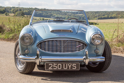 1959 Austin Healey 3000 MkI | Healey Blue, Restored 2017 SOLD (picture 2 of 6)