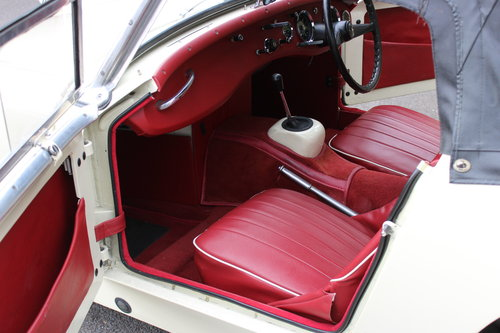 1959 AUSTIN HEALEY 'FROG EYE' SPRITE.'SOLD' MORE REQUIRED SOLD (picture 4 of 6)