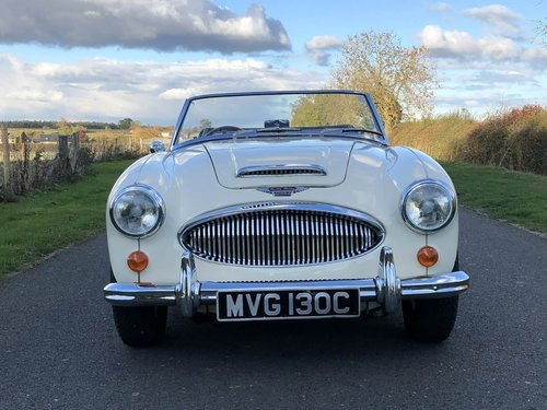 1965 Austin-Healey 3000 MkIII BJ8 SOLD (picture 2 of 6)