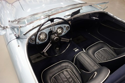 1953 AUSTIN HEALEY 100/4 BN1 (NUMBER 402) SOLD (picture 5 of 6)