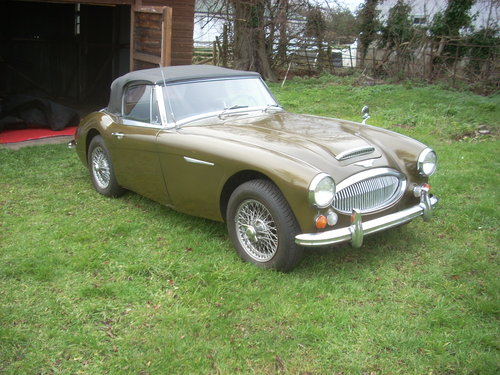 1967 Austin Healey 3000 Mk3 BJ8 SOLD (picture 1 of 6)