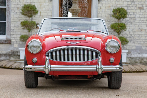 1963 Austin Healey 3000 MKIIA BJ7 | Specialist Restored SOLD (picture 2 of 6)