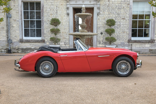 1963 Austin Healey 3000 MKIIA BJ7 | Specialist Restored SOLD (picture 3 of 6)