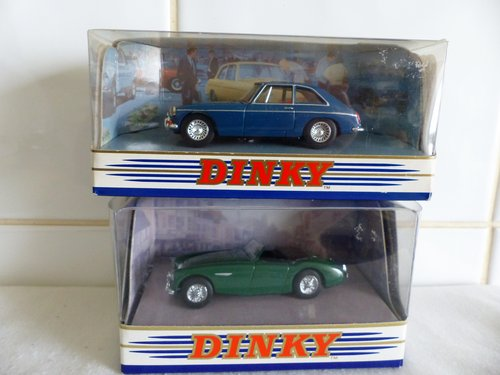 MGB GT & AUSTIN HEALEY  100 BN2-DINKY MODELS For Sale (picture 2 of 6)