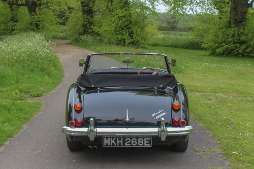 Austin Healey 3000 MkIII BJ8 | Upgraded Low Mile Restoration SOLD (picture 3 of 6)